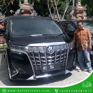 Memilih Sewa Mobil Mewah di Bali